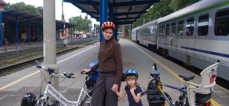 Polskie wybrzeże na rowerach z małym dzieckiem – szlak R10 – część 1