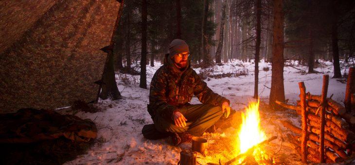 Zimowe biwaki w lesie i nie tylko.