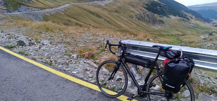 Rumunia na rowerze – trasy Transfogaraska i Transalpina.